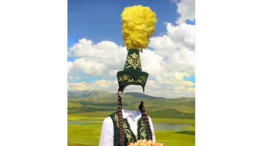 Шаблон казашки, шаблон в национальной одежде казахов, шаблон с орнаментами [PSD]